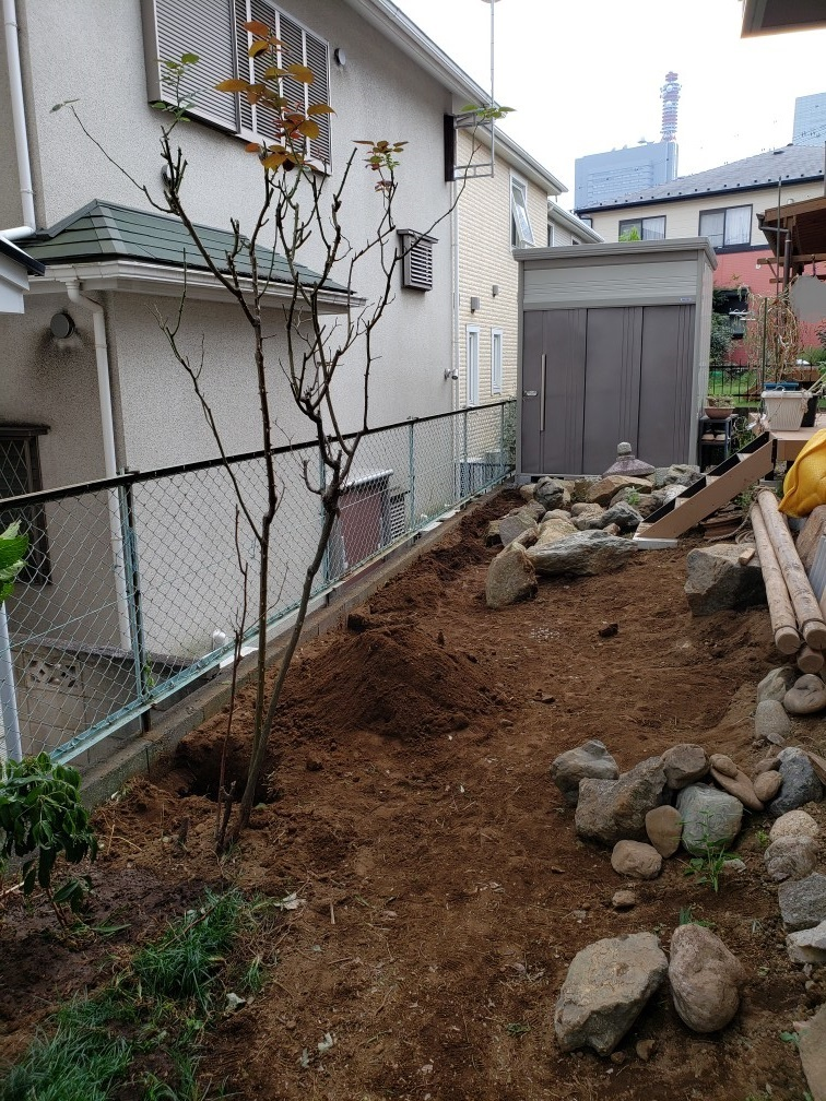 都市部の煎茶的庭 埼玉県(さいたま新都心)-4
