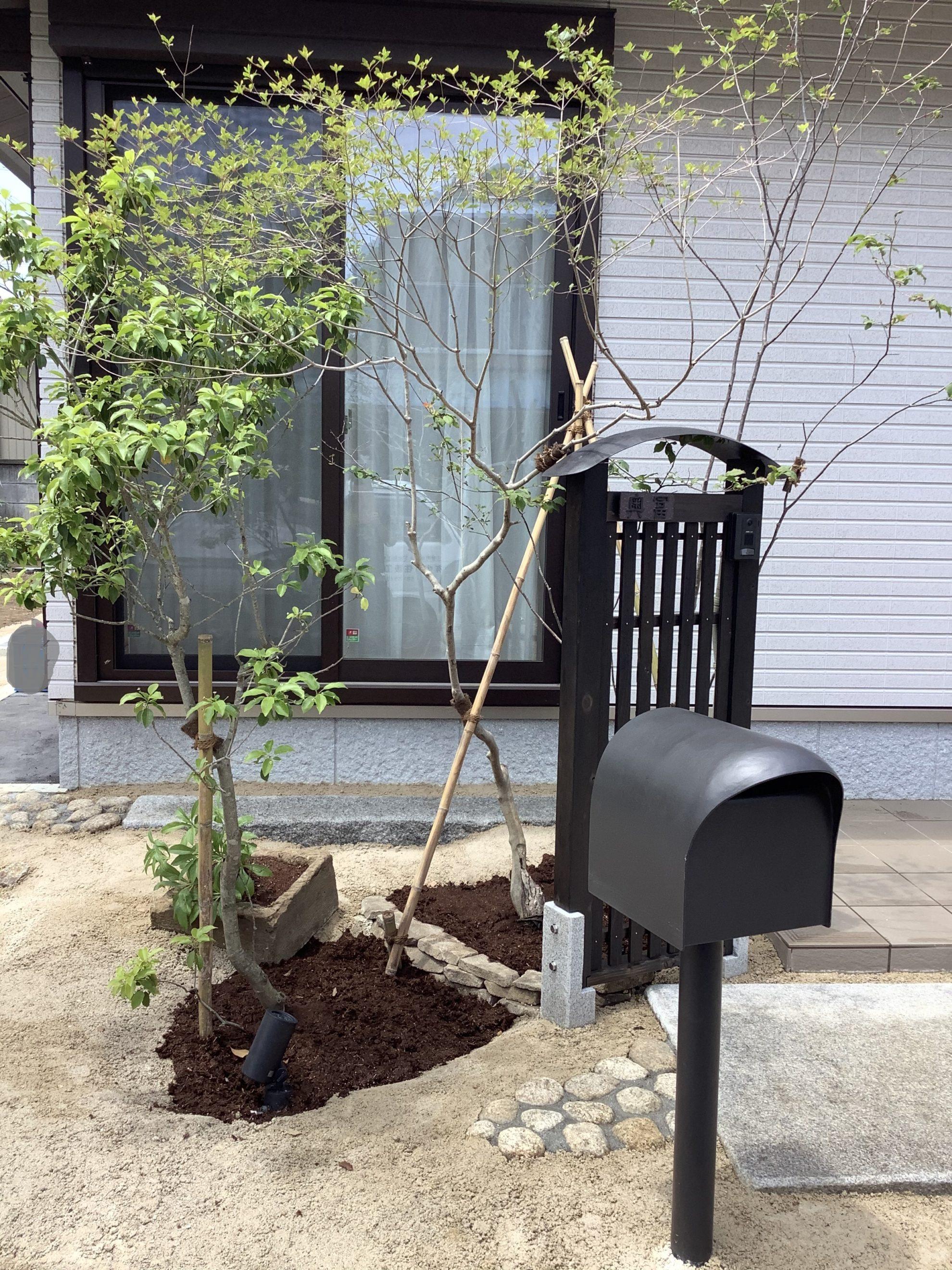 アイアンと自然材料の庭 外構 埼玉県(狭山市)-17